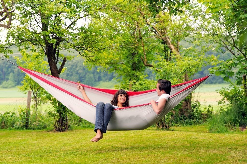 amazonas h ngematte silk traveller xxl leichth ngematte doppelh ngematte leicht fallschirmseide. Black Bedroom Furniture Sets. Home Design Ideas