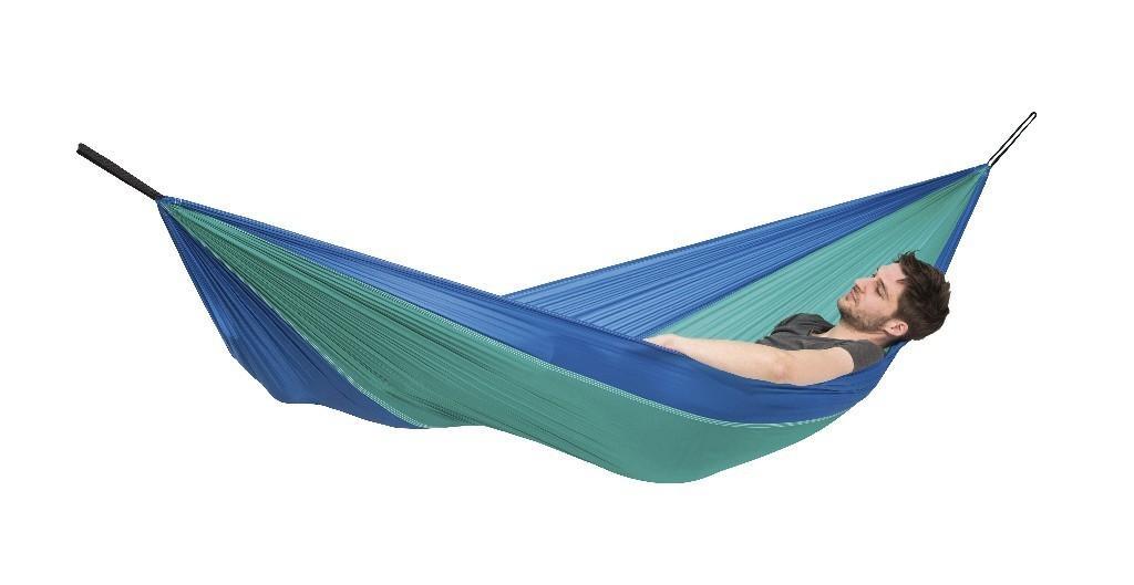 amazonas h ngematte adventure iceblue leicht ripstop nylon stabil urlaub ausflug camping tour. Black Bedroom Furniture Sets. Home Design Ideas